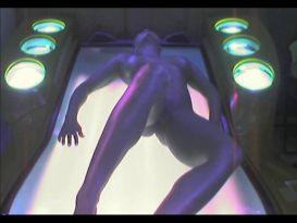 עירום מלא בתוך מיטת השיזוף!
