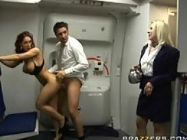 סקס בזמן טיסה