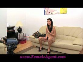 צעירה מאסיה בליהוק חם וסקסי!