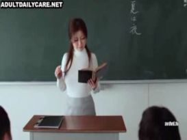 קיוקו המורה אוהבת להזדיין חזק וטוב!