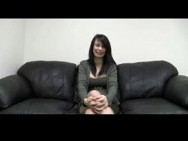 יפה בהריון מקבלת גמירה בפה בראיון עבודה