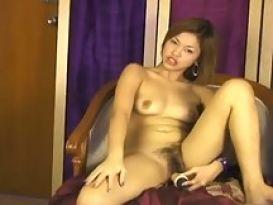 בחורה מאסיה בסקס חובבני טוב!