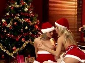 חג מולד שמח עם לסביות שוות!