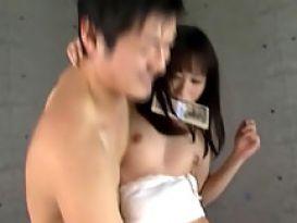 יפנית קשורה בסקס טוב!